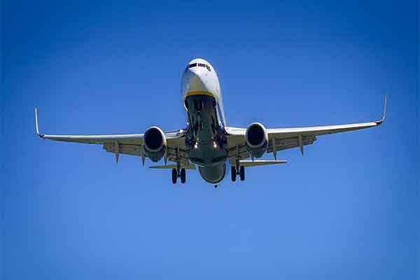 oferte bilete avion linie low cost promotii reduceri